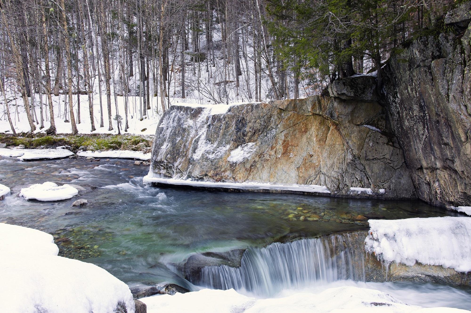 warren-falls-1935614_1920