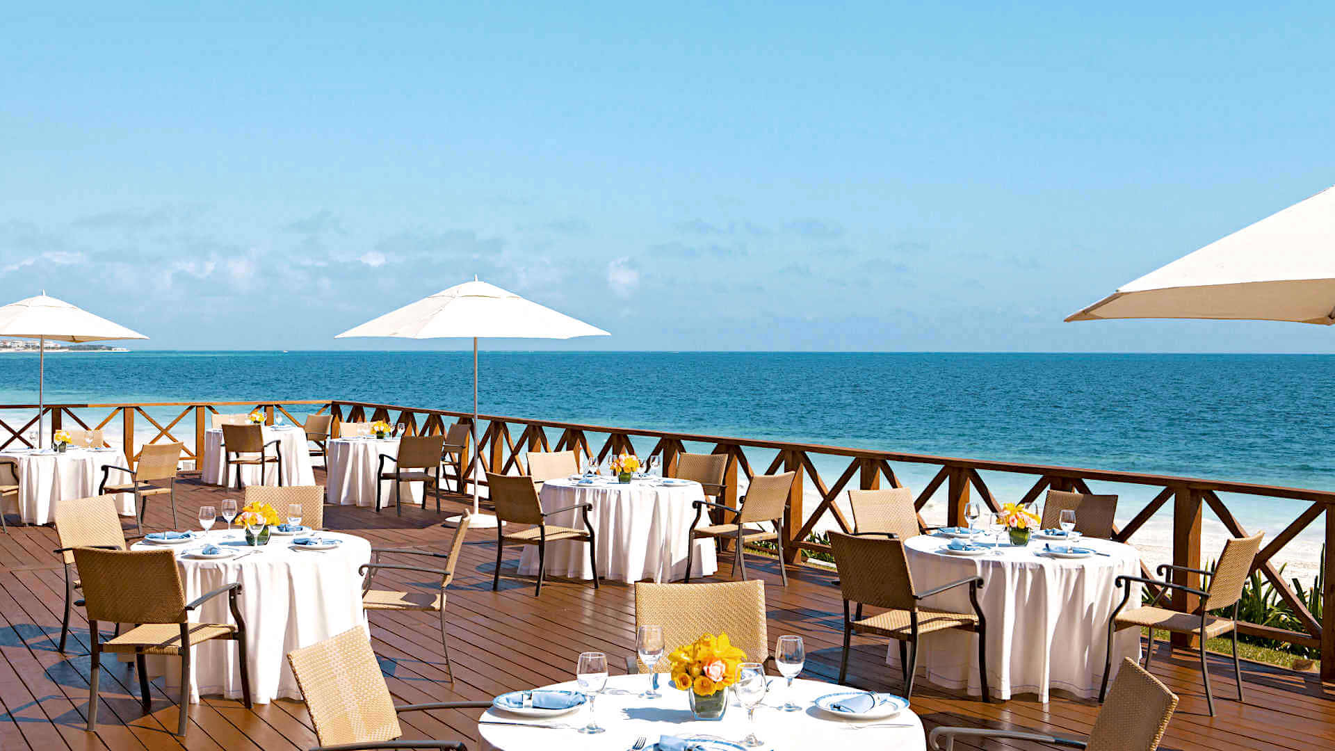 Sapphire Riviera Cancun Outdoor Dining