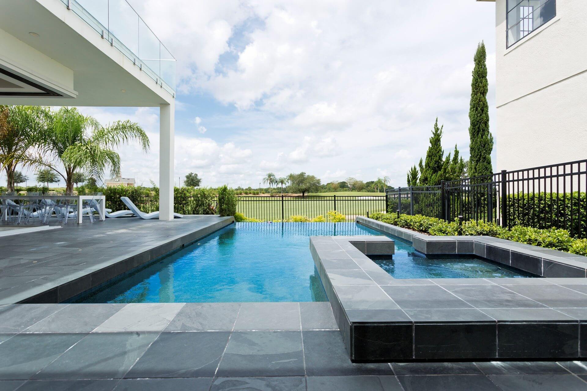 Villa Zinnion, Florida 1