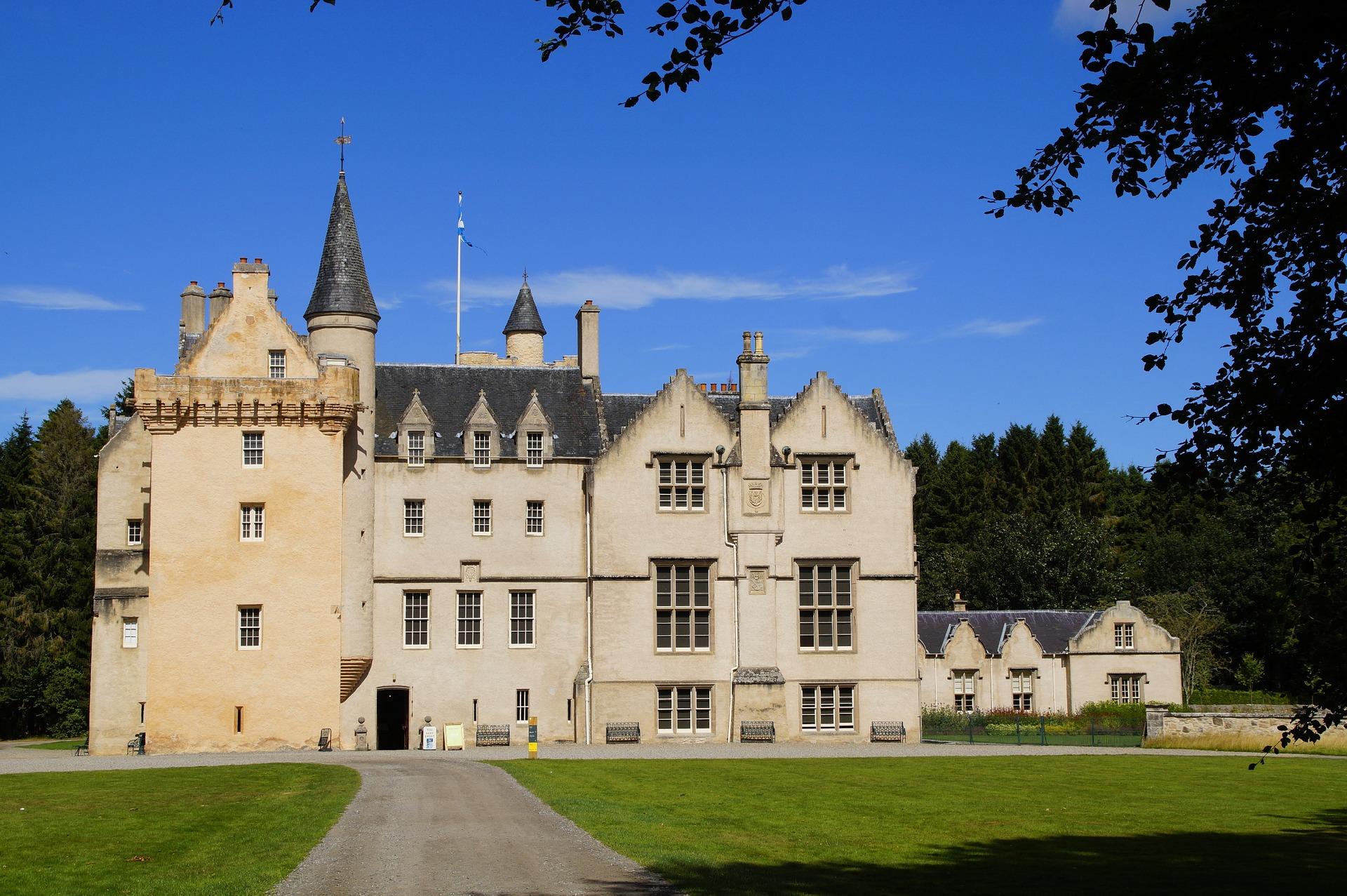 brodie-castle-3738329_1920