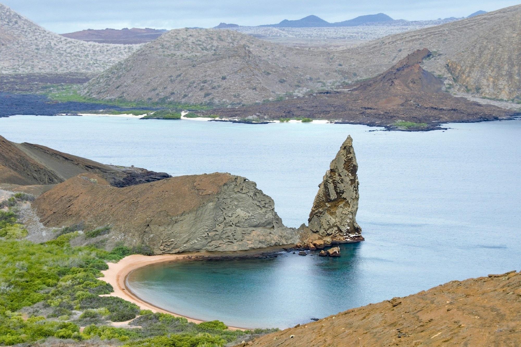 galapagos-islands-2419239_1920 (2)
