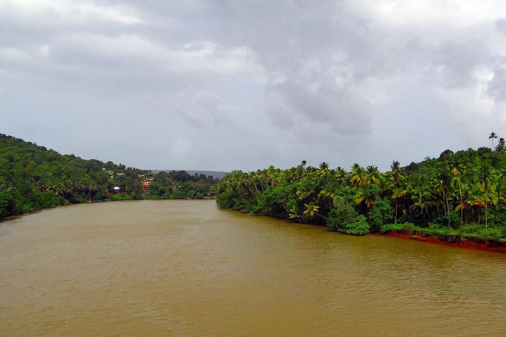 Terekhol River India
