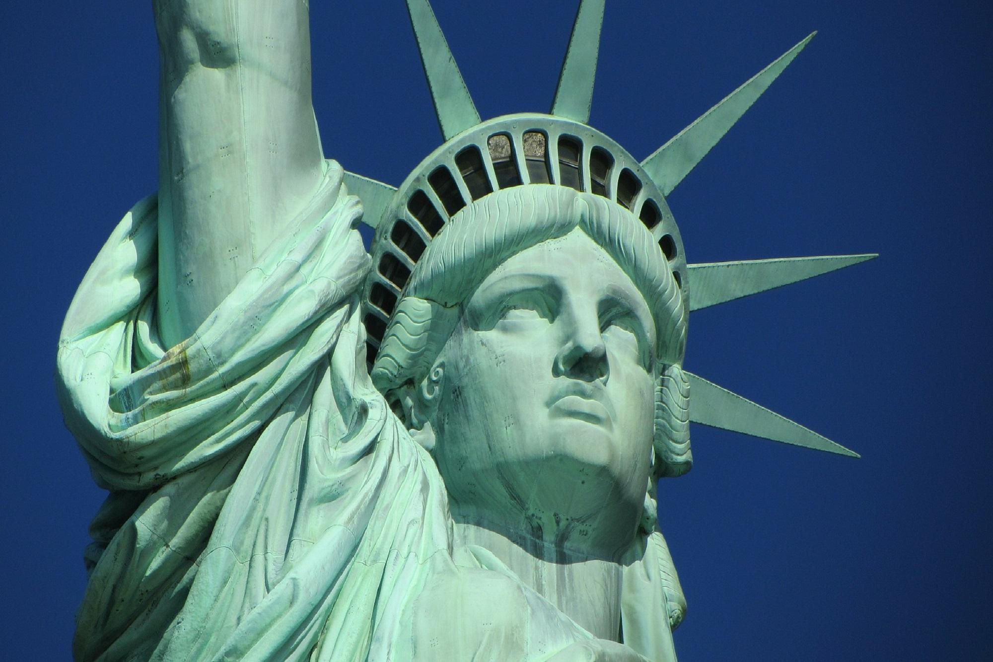 statue-of-liberty-267948_1920