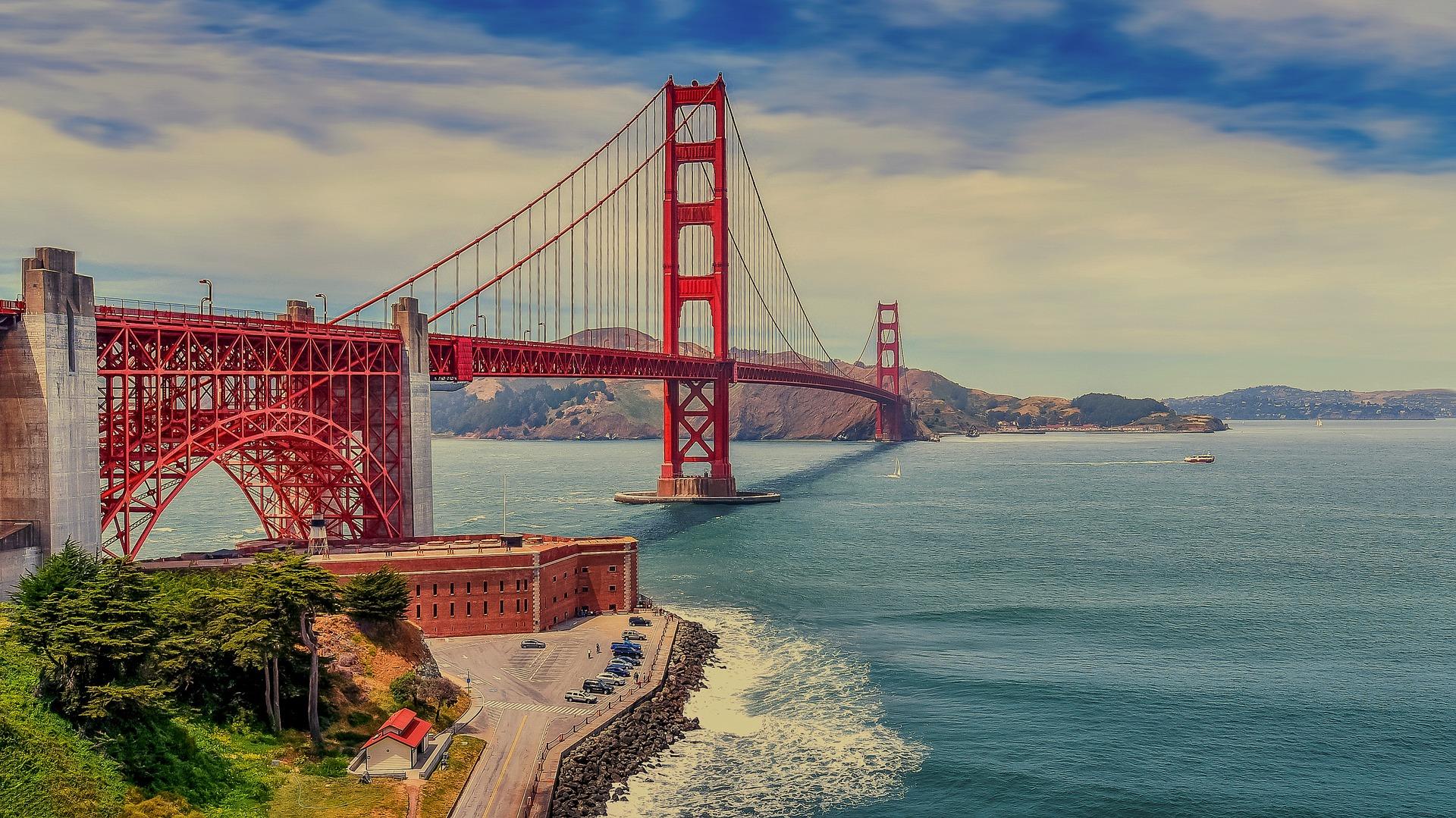 the-golden-gate-bridge-1956459_1920