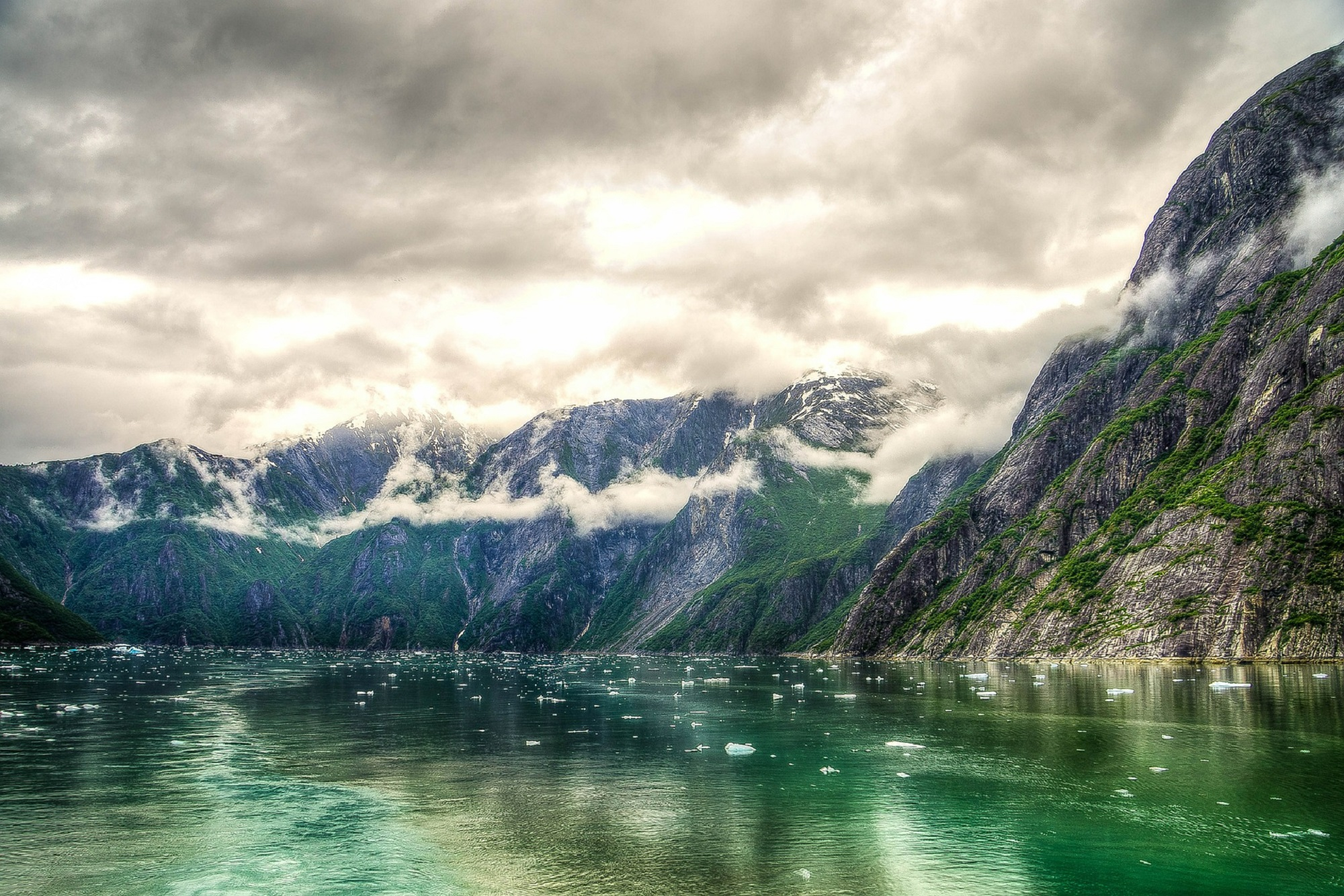 tracy-arm-fjord-369632_1920