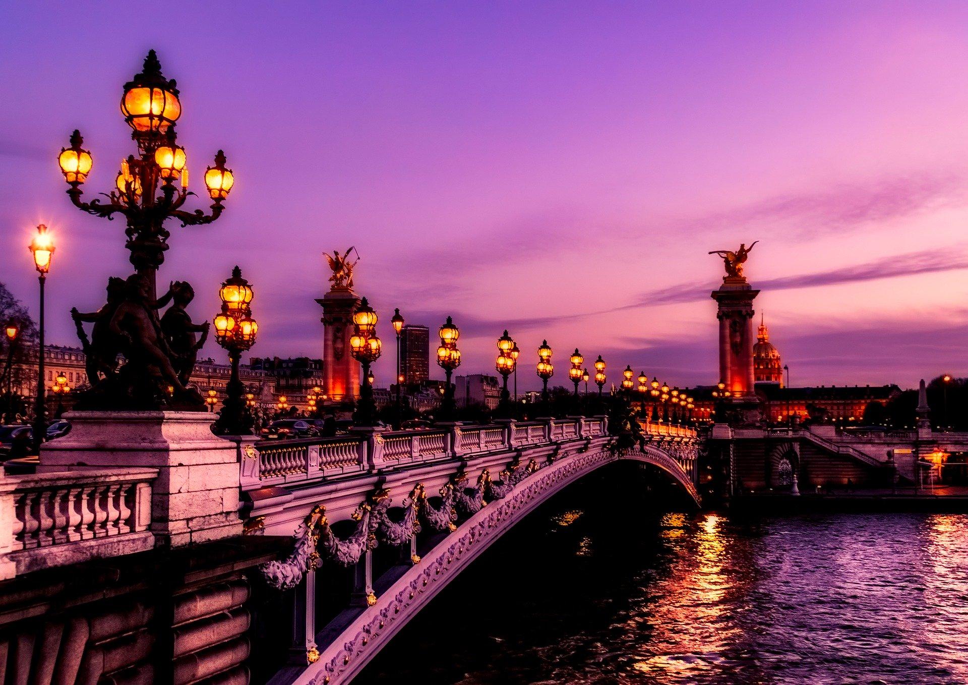 paris-2499022_1920