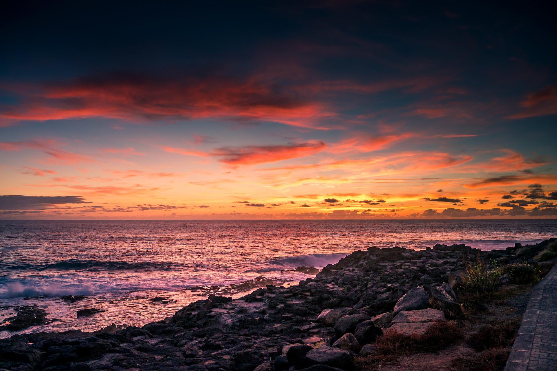 sunset-3095031_1920