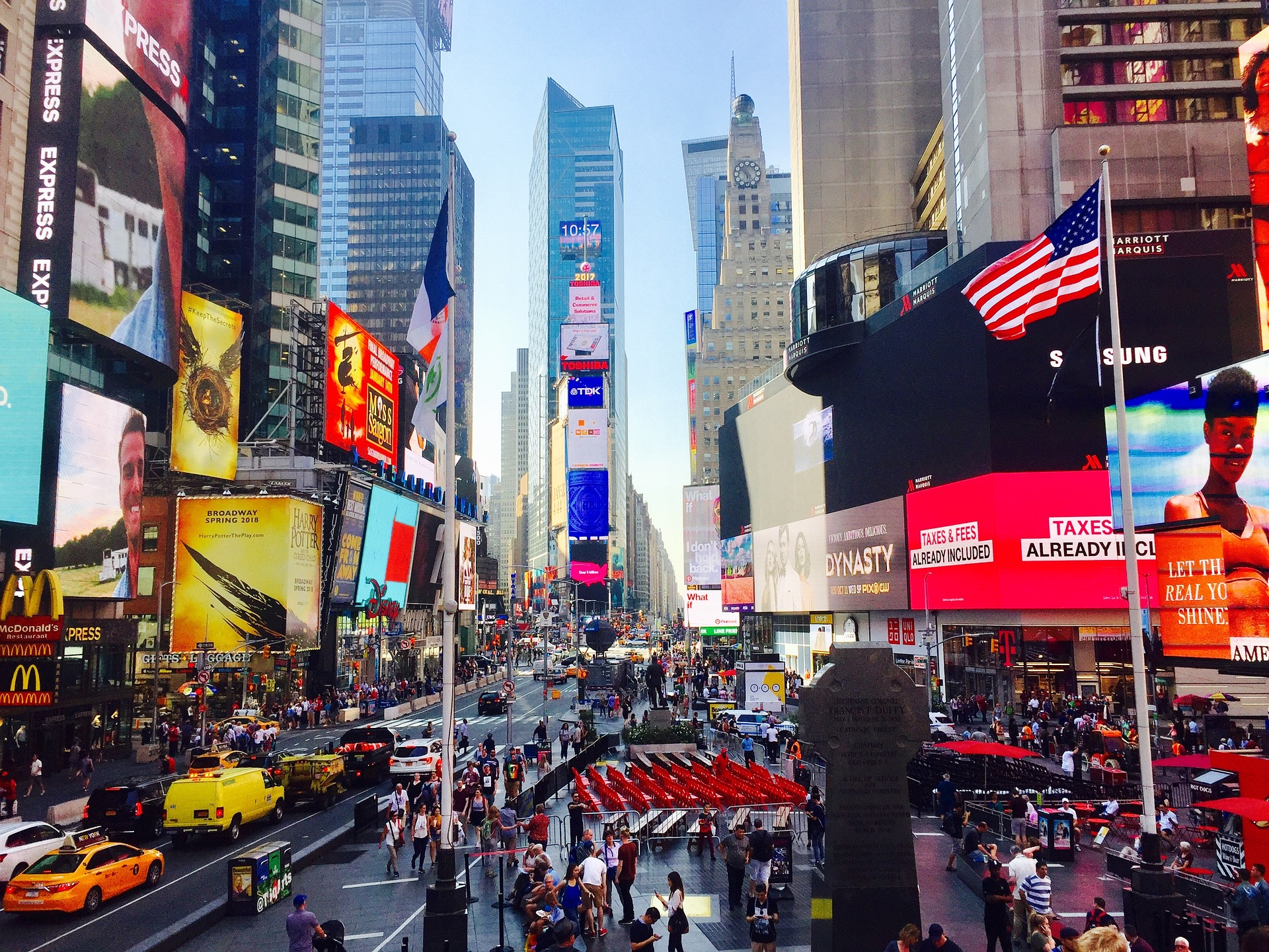 times-square-2792082_1920