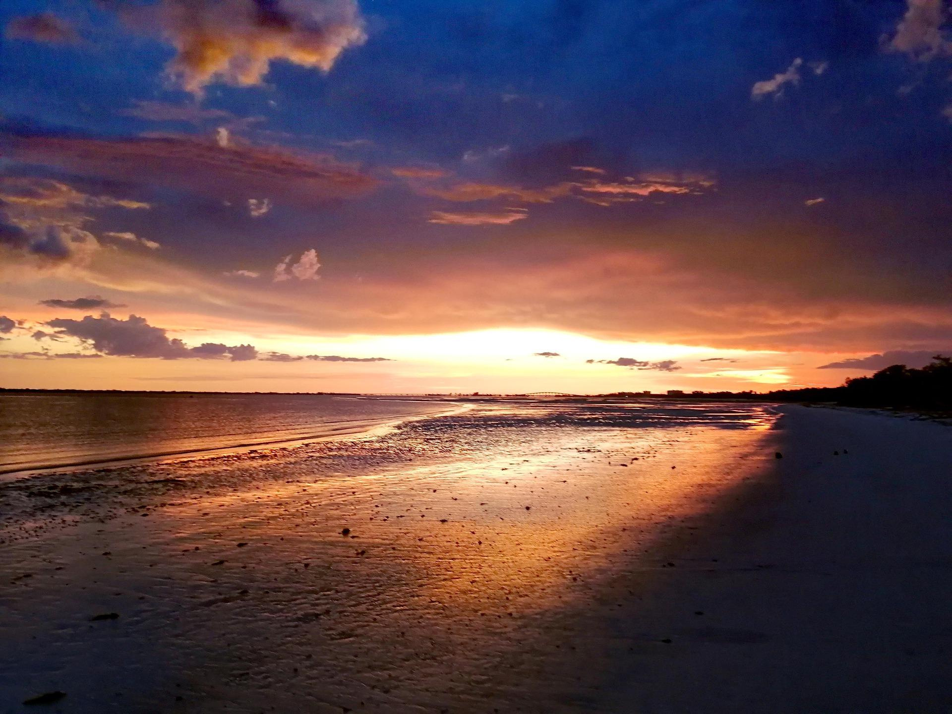 sunset-4996711_1920