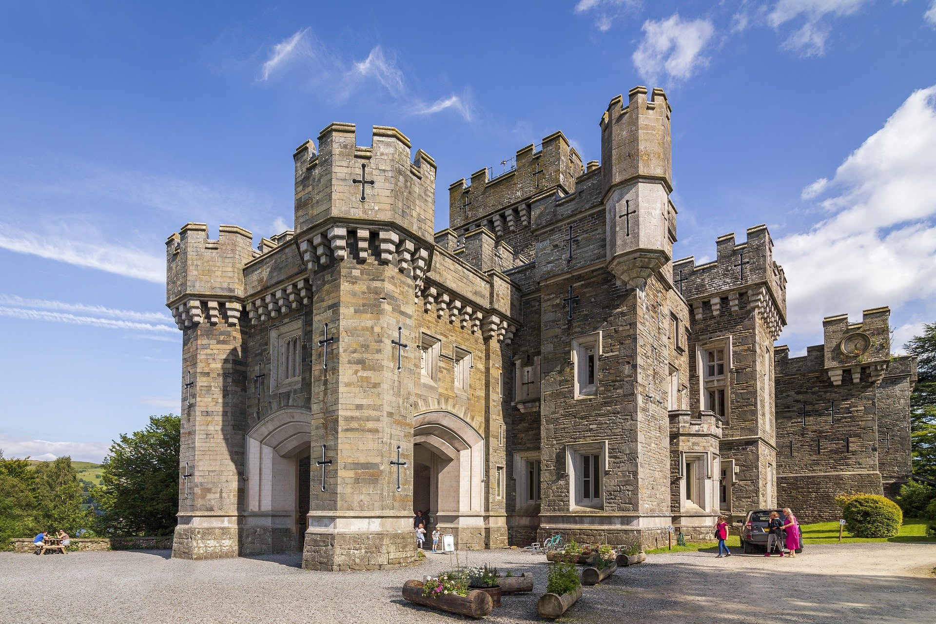 castle-4645126_1920