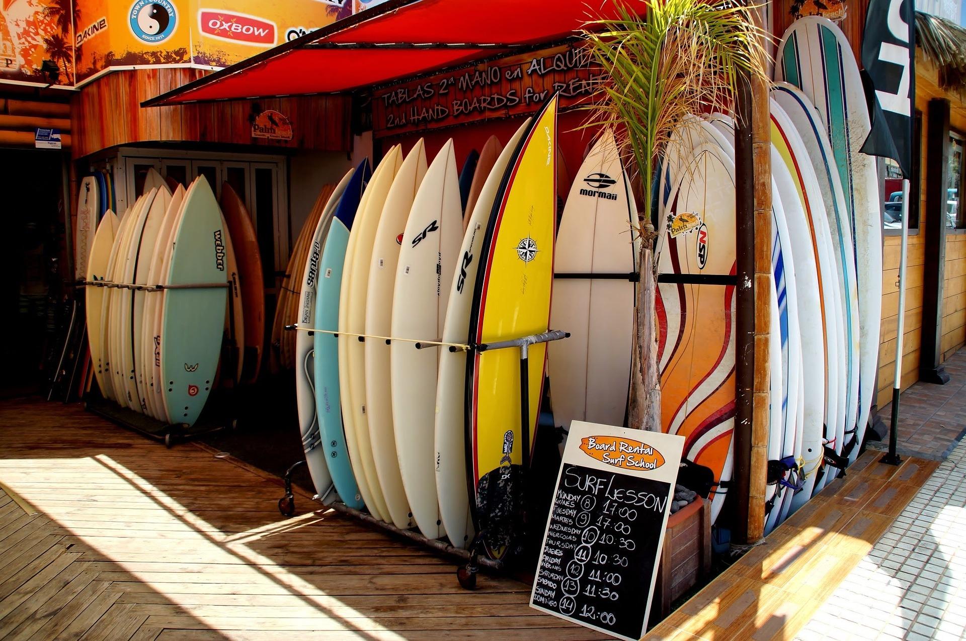 surf-963696_1920