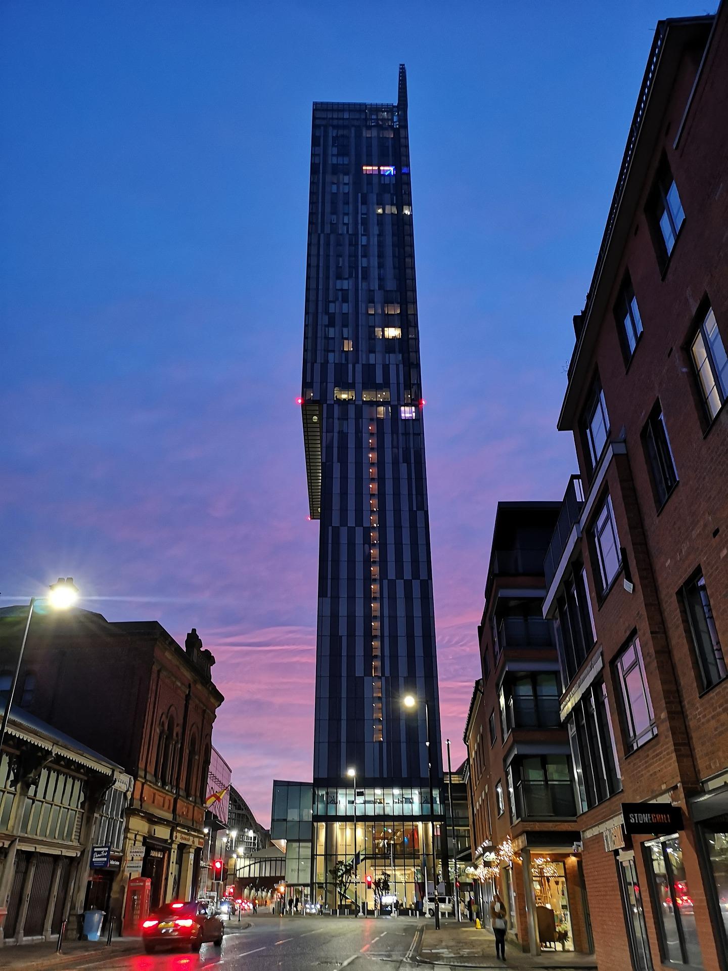 manchester-city-centre-4681971_1920