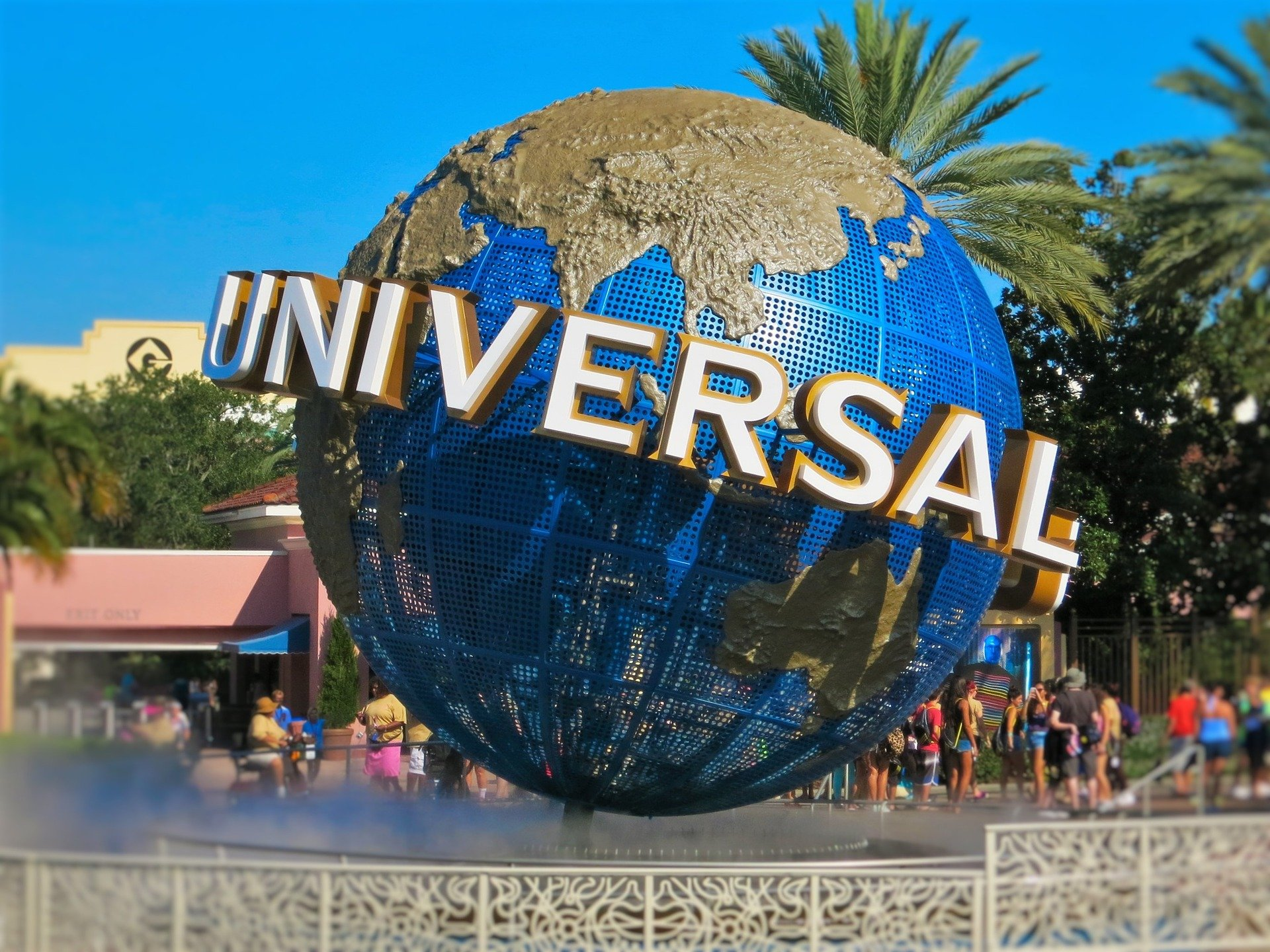 universal-studios-1640516_1920