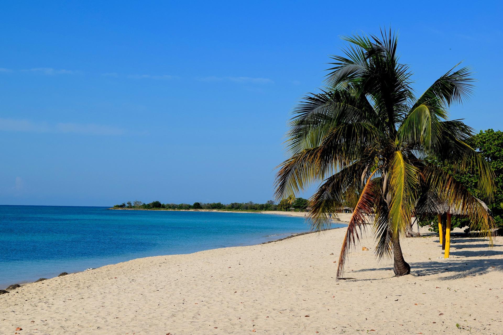 beach-2356300_1920