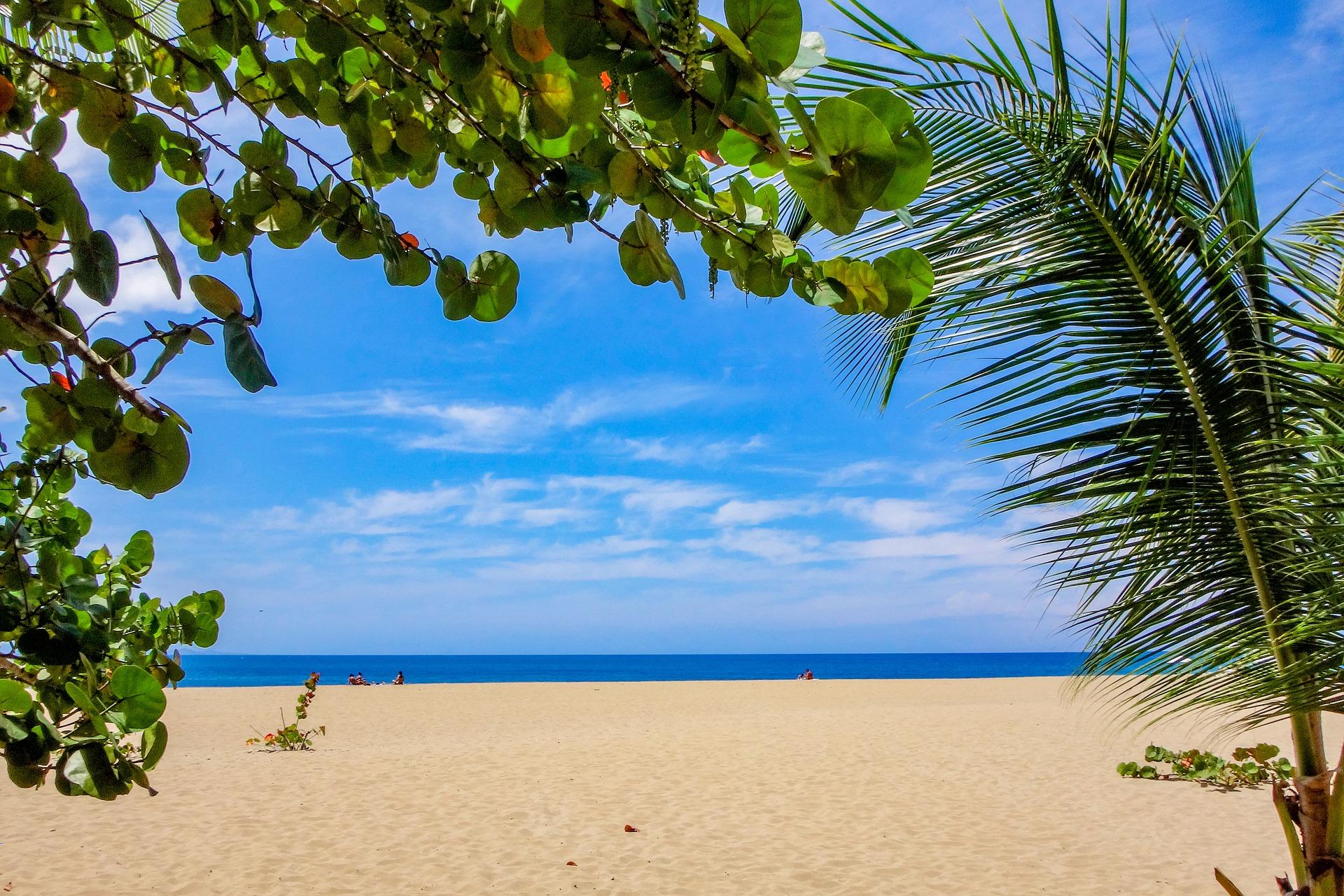 beach-2485882_1920