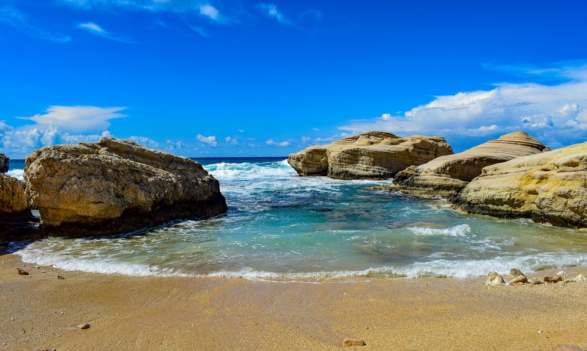 beach-4624458_1920
