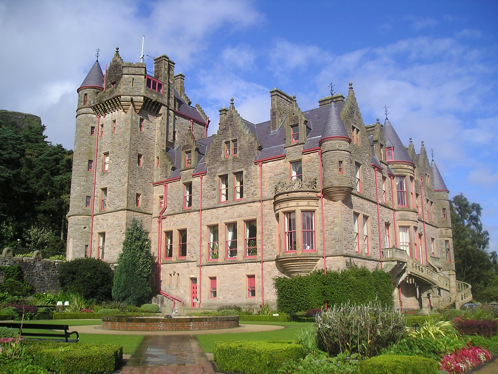 castle-829311_1920