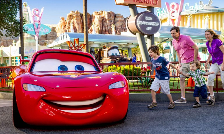 disneylandr_resort_cars