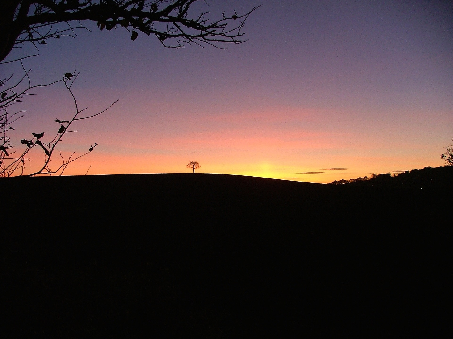 sunset-650538_1920