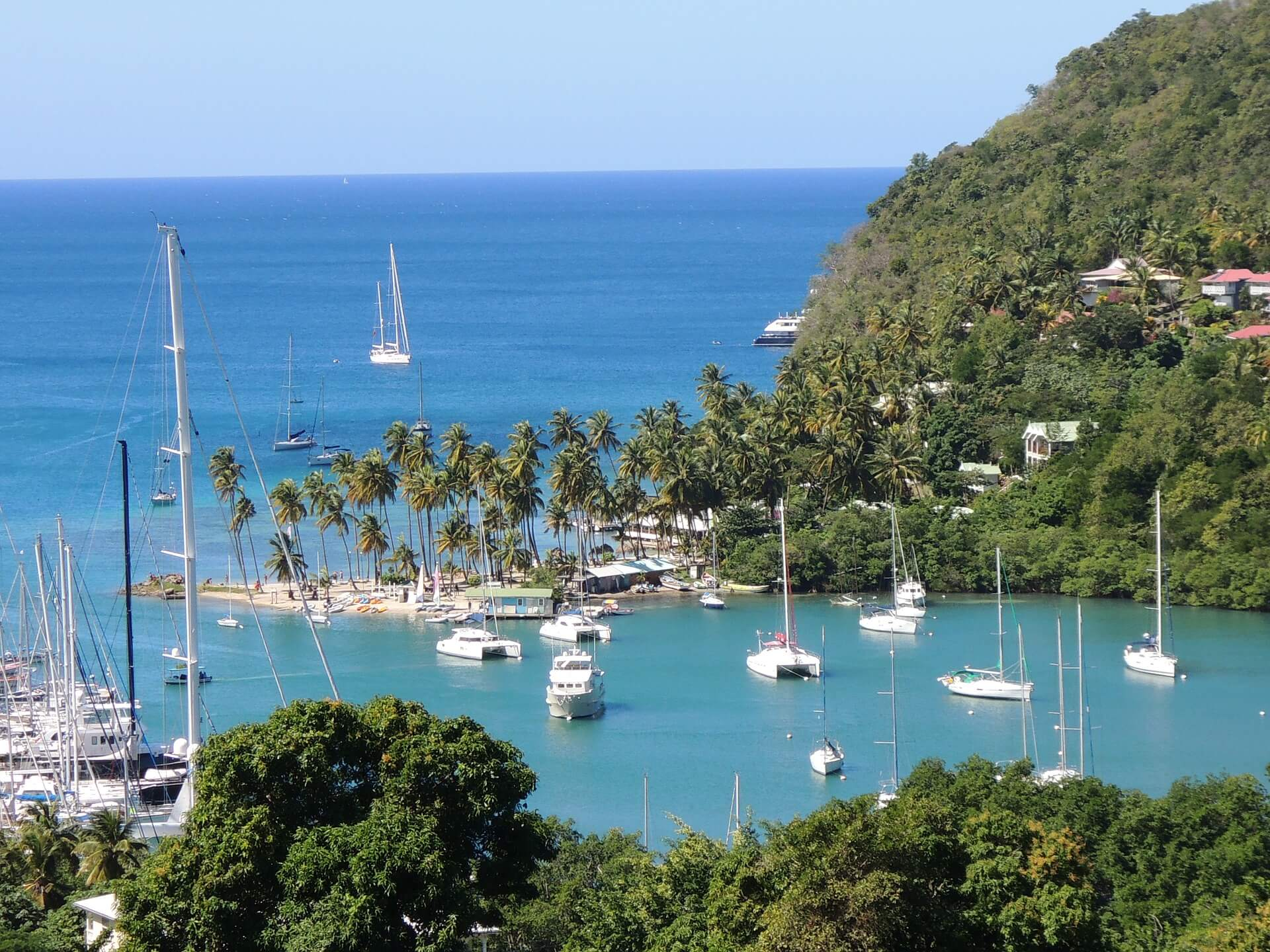 st-lucia-106119_1920 (1)