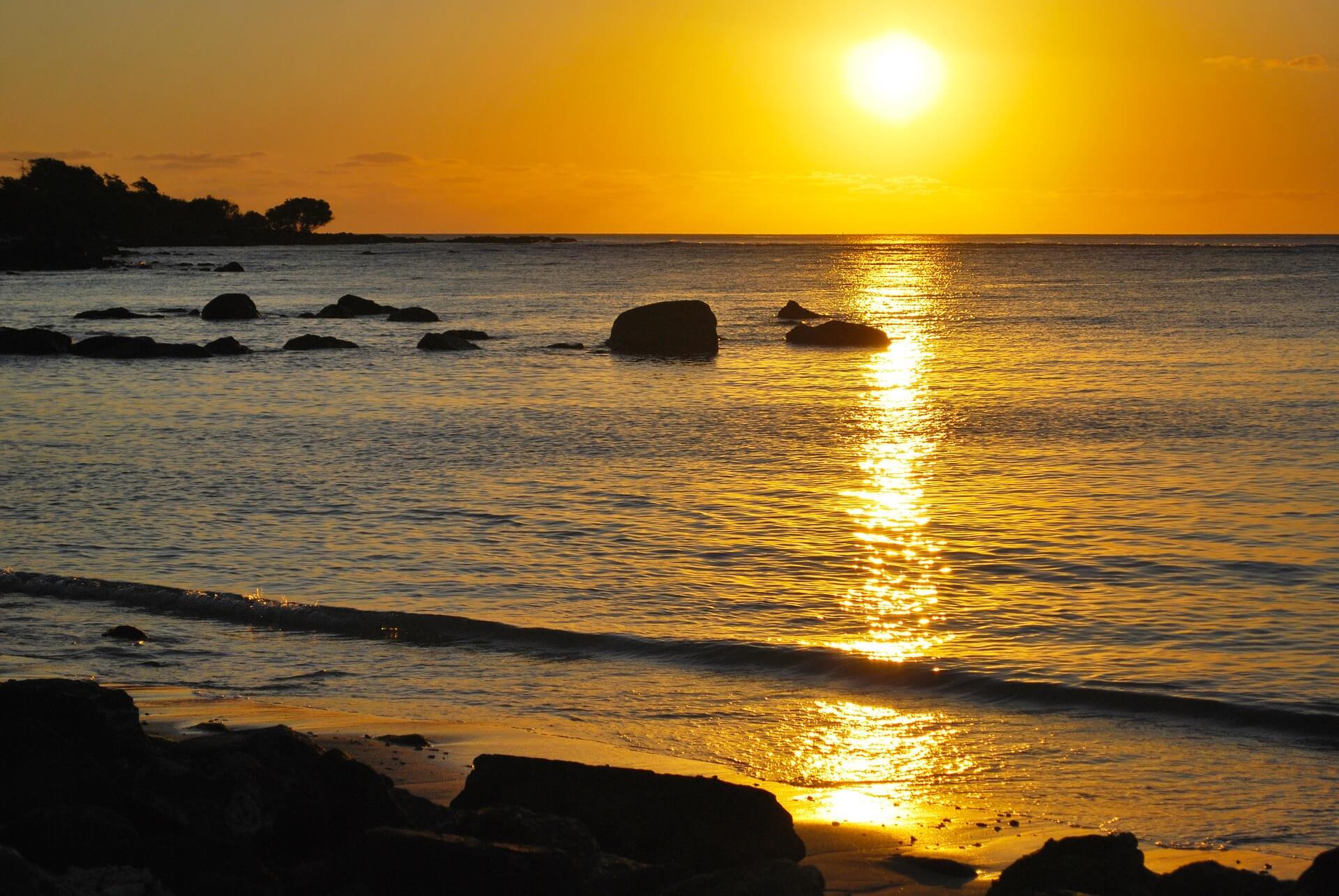 sunset-1616496_1920
