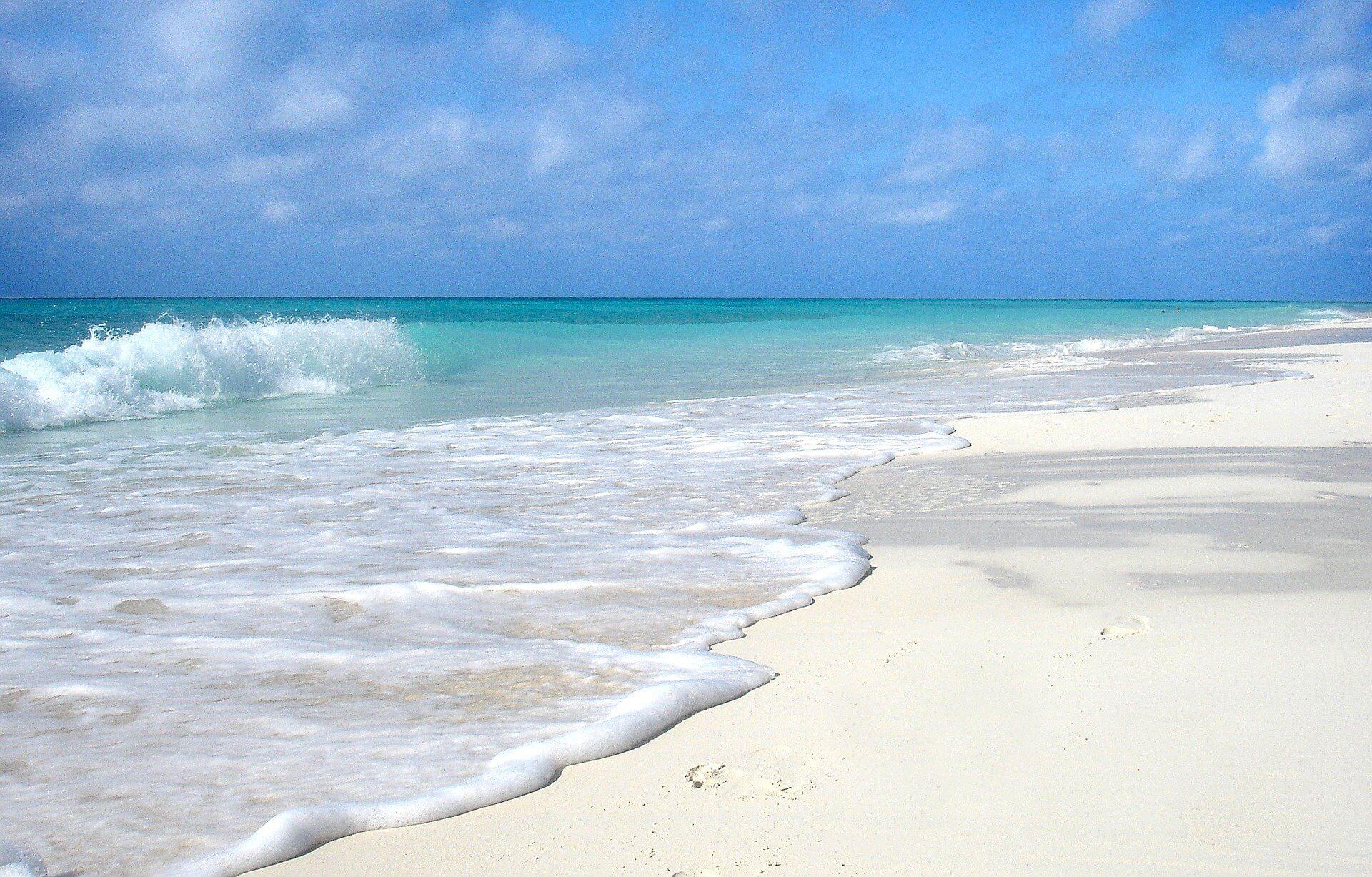 beach-652119_1920