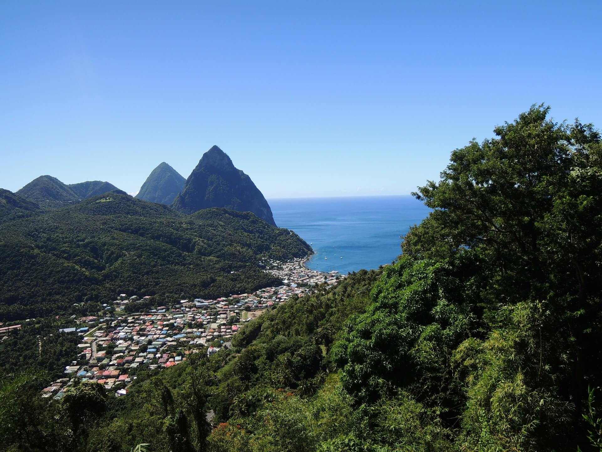 st-lucia-106120_1920
